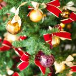 クリスマスの飾り付けを玄関や部屋に!雑貨を使ったおしゃれインテリア!